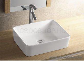 Sanotechnik - K720 kerámia mosdó