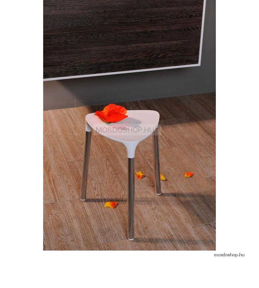 SAPHO YANNIS Fürdőszobai szék, 37x43,5cm Fehér műanyag ülőkével, acél lábakkal