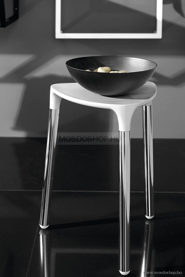 SAPHO YANNIS Fürdőszobai szék Fehér műanyag, acél Mosdoshop